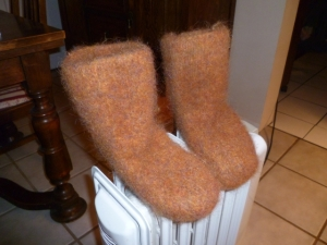 Alpine boots felted